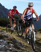 Fahrrad fahren - Freizeitbeschäftigung und Leistungssport