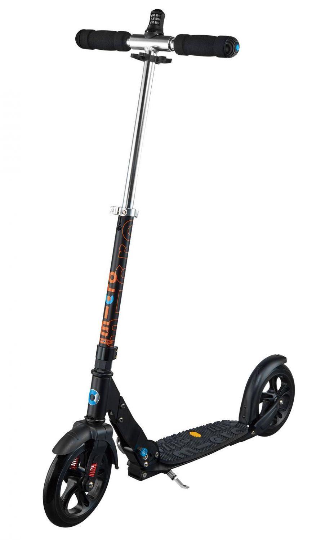 micro-deluxe-scooter-farbe-black-